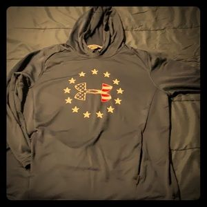 NWOT Under Armour fitted American hoodie